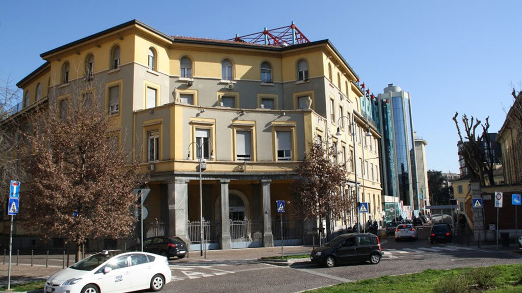 ospedale-gaetano-pini-facciata